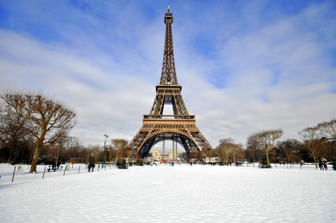 shutterstock_134817323_paris_winter