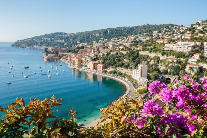 Nizza_Frankreich_shutterstock_247907683