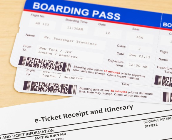 e-ticket-and-boarding-pass-e-ticket-and-boarding-pass-are-mock-up-shutterstock_291724580-2-1-585x475