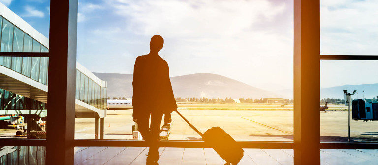 traveling-with-airplane-istock_000074188131_large-2-1200×335