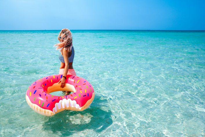 V3_header_Donut_Pool_shutterstock_462308872