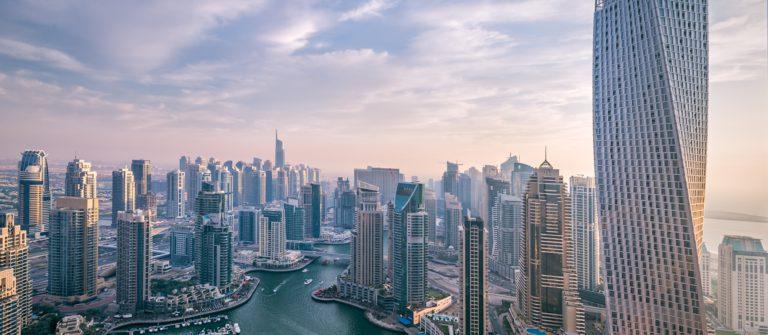 V3_header_Dubai_shutterstock_209773960 (1)