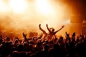 Reiseziele Juli_Events_Festivals_Bang Your Head Festival