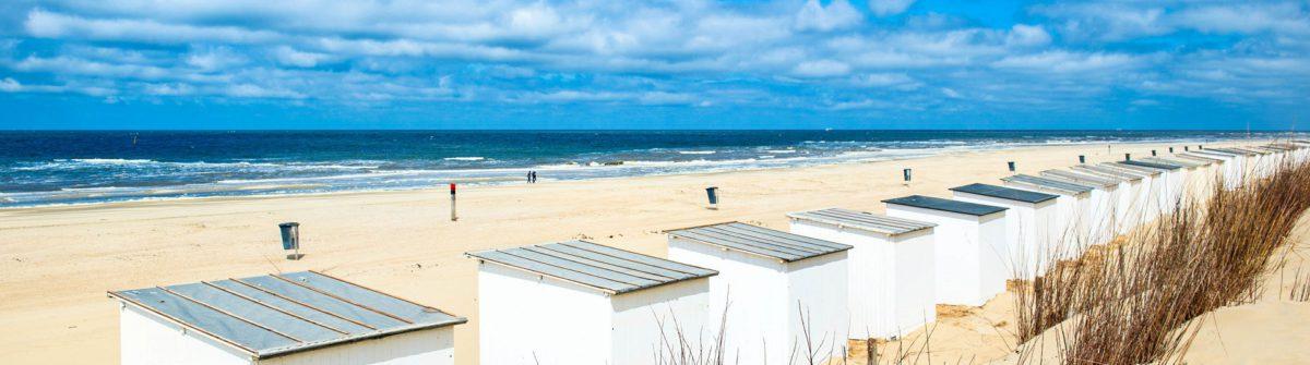 blue-beach-huetten-am-texel-istock_37071596_large-2