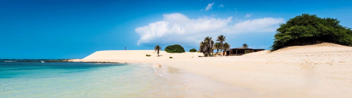 chaves-beach-praia-de-chaves-in-boavista-cape-verde-cabo-verde-shutterstock_236980903-2