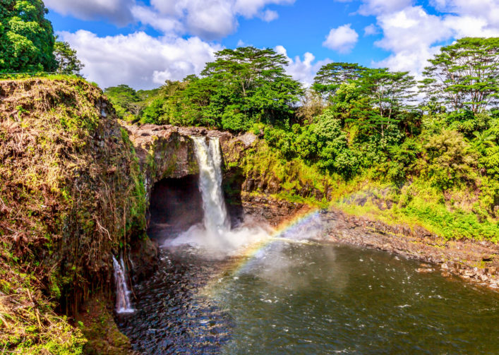 rainbow-falls-in-hawaii-istock_000065720505_large-2