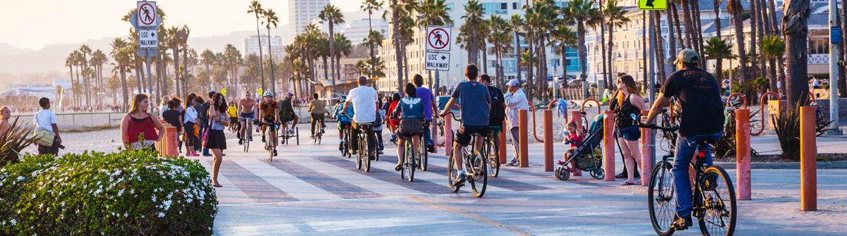 santa-monica-beach-bike-path-istock_000088207779_large-editorial-only-stellavi-2