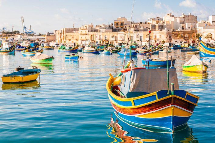 mediterranean-traditional-colorful-boats-luzzu-shutterstock_274378319-2