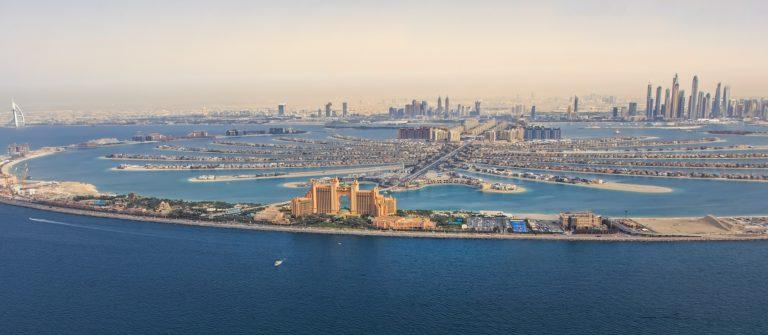 V3_header_Palmeninsel_Dubai_shutterstock_599488805