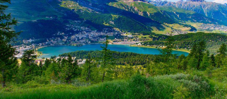 V3_header_St.Moritz_See_shutterstock_295789670