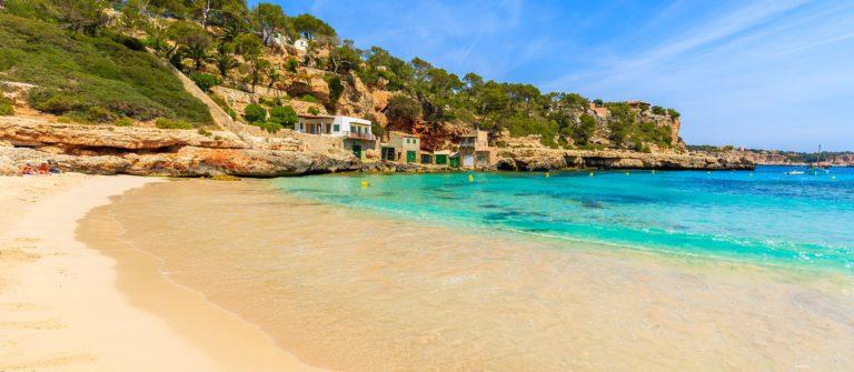 mallorca-beach-shutterstock_401927812