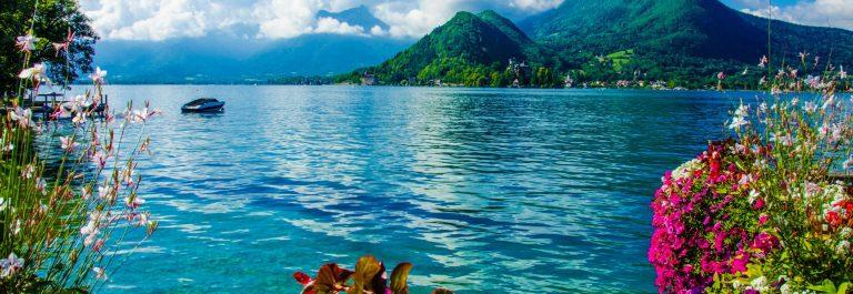 Lake Annecy shutterstock_165905246-2