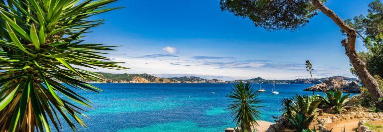 Beautiful coastline of Cala Fornells, Paguera shutterstock_583270807