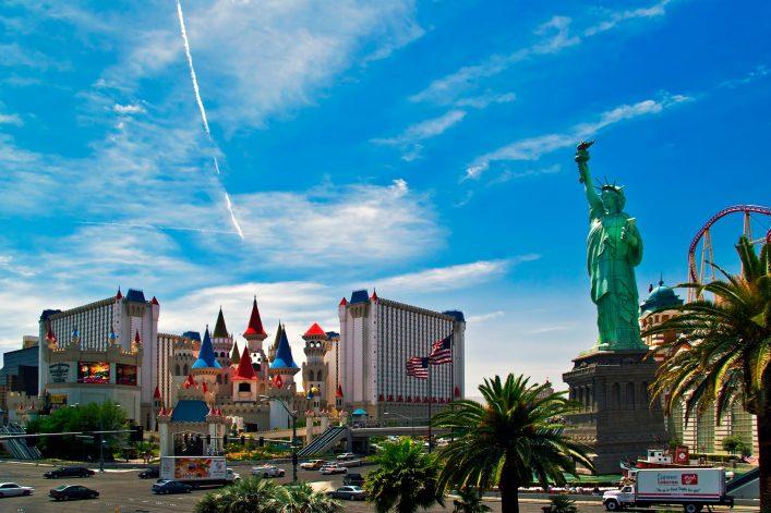 The-Excalibur-Hotel-Casino-shutterstock_24129073-EDITORIAL-ONLY-DeltaOFF