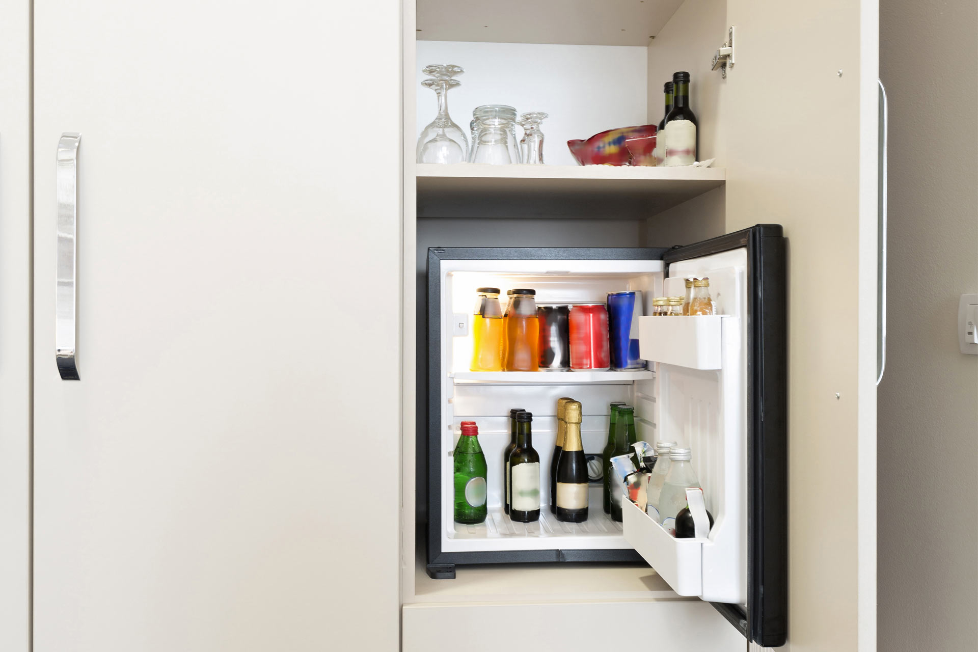 Mini Kühlschrank Zimmer : Mini kühlschrank im zimmer: mini kühlschrank haushaltsgeräte