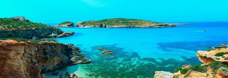 blue lagoon Comino island Malta Gozo iStock_64813715_MEDIUM-2 – Copy