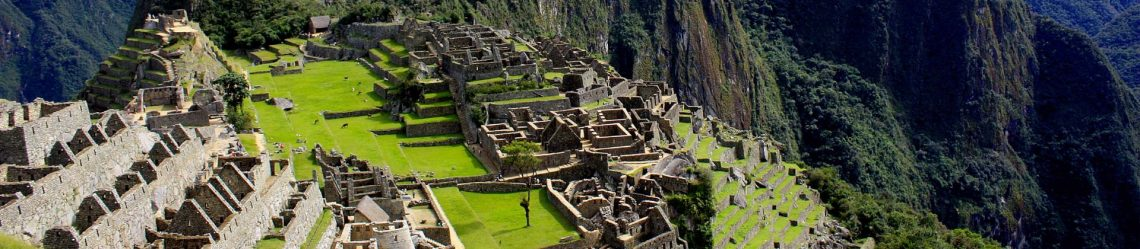 Machu-Picchu-Peru-Inkapfad-iStock_000042042834_Large
