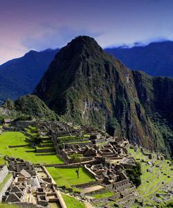 Machu-Picchu-Peru-Inkapfad-iStock_000042042834_klein-1