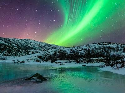 Massive-Aurora-iStock_20308097_XLARGE-2