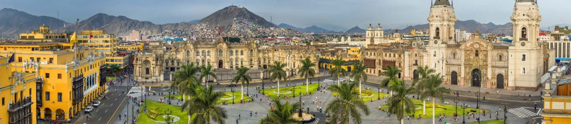 Panoramic-view-of-the-main-square-of-Lima-Peru._shutterstock_391854592