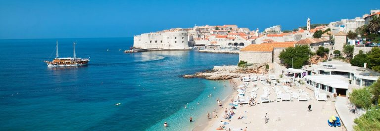 Panoramic view on the beautiful beach in Dubrovnik, Croatia shutterstock_70328647_preview