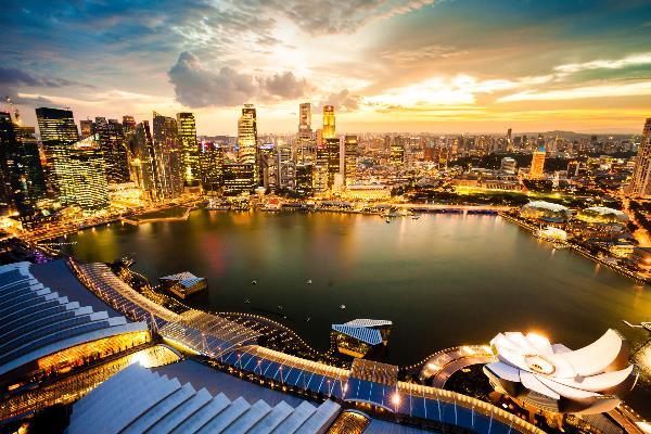 Singapur-bei-Nacht