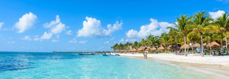 Cancun_shutterstock_647628562