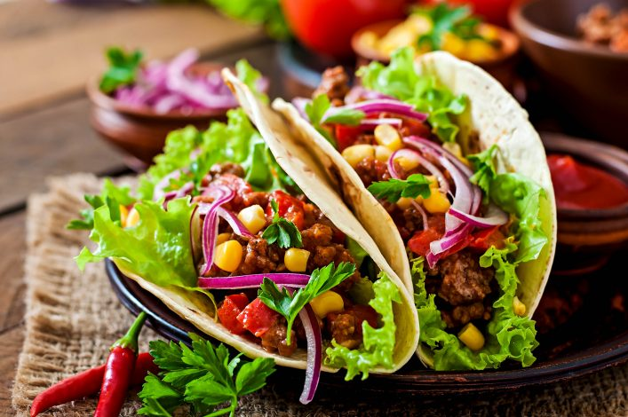 mexikanisches essen im restaurant, taco