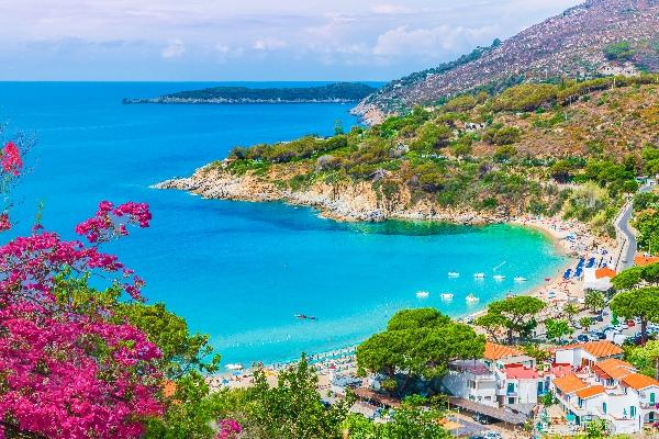 Cavoli-beach_Insel-Elba_Toskana_Italien_shutterstock_766958938_klein