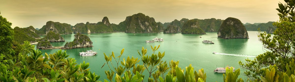 Vietnam_HaLongBay_1604
