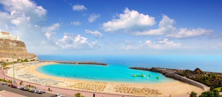 v3-header-gran-canaria-amadores-beach-shutterstock_112108880