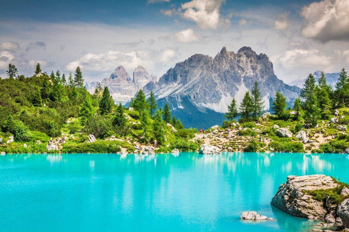 Dolomite-Ligurie-Italy_217651873_1920x1280_tiny