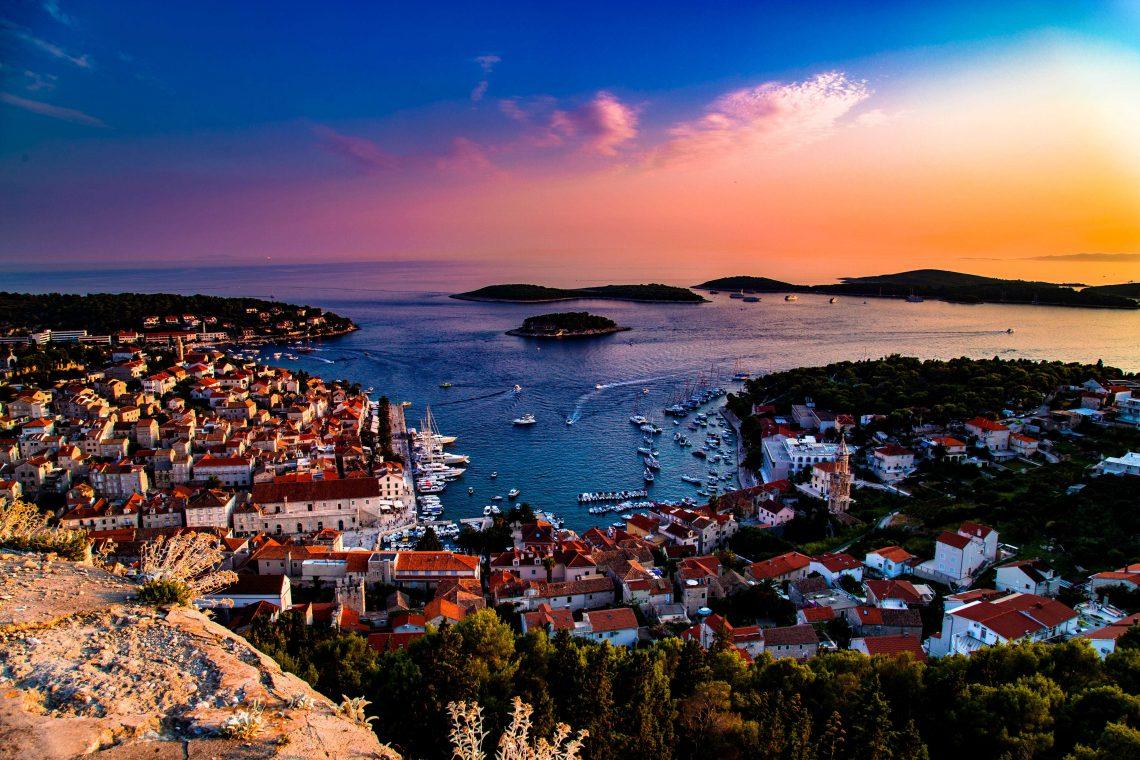 Sonnenuntergang auf der Insel Hvar