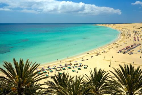Fuerteventura-Beach-Corralejo-Spain-iStock_96943727_XLARGE-2
