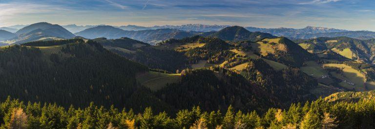 das-größte-zusammenhängende-Almweidegebiet-Europas-Naturpark-Almenland-c-Oststeiermark-Tourismus-Bernhard-Bergmann-1