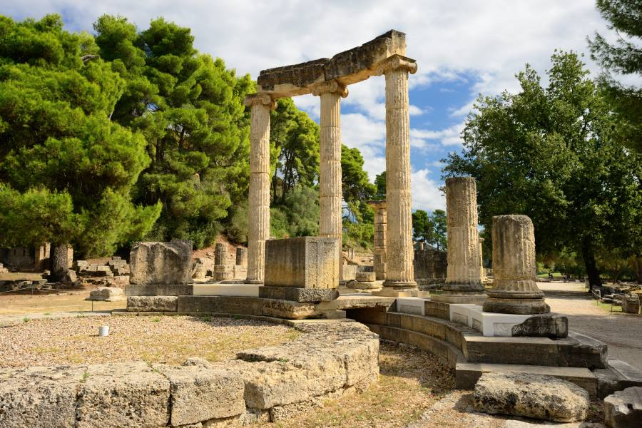 shutterstock_157923908_-Greece-Olympia-ancient-ruins-of-the-important-Philippeion-in-Olympia-birthplace-of-the-olympic-games-UNESCO-world-heritage-site-_900x600