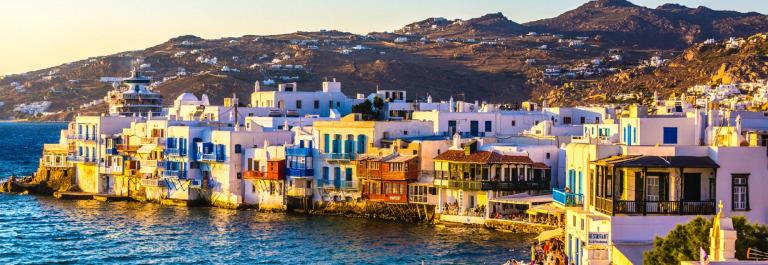 Little-Venice-of-Mykonos-Greece-iStock_000044366116_Large-2