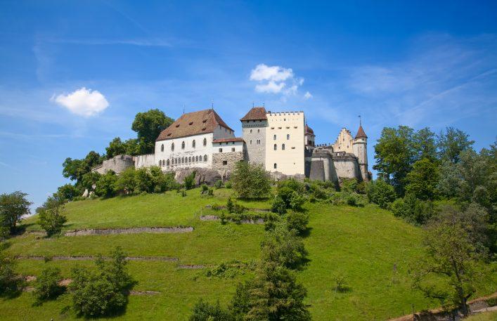 shutterstock_440654443-lenzburg-castle-smaller