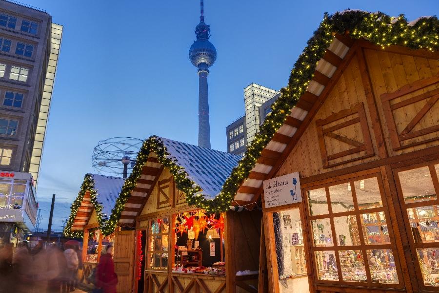 3.-Alexanderplatz-Weihnachtsmarkt_c_Scholvien-33