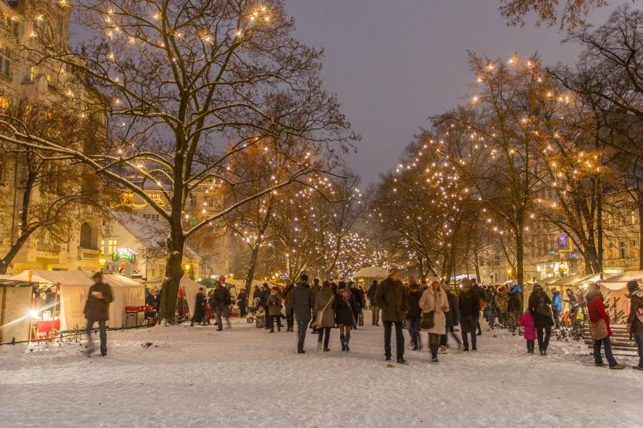 6.-Richardplatz_Weihnachtsmarkt_c_Scholvien-42