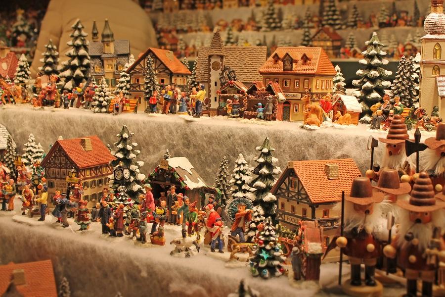 weihnachtsmaerkte_salzburg_mirabellplatz