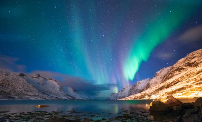 shutterstock_165291188_Tromso_Norwegen_Nordlichter