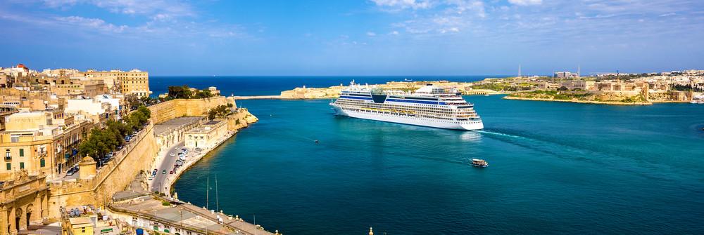 Malta_Valletta_shutterstock_272730347
