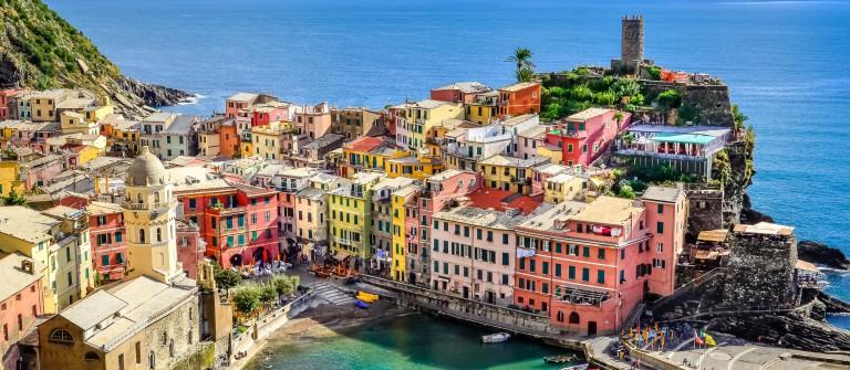 V3_header_CinqueTerre_Italien_shutterstock_156908369