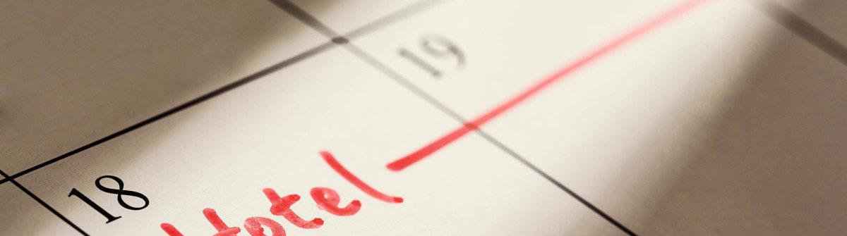 hotel-written-on-calendar-istock_53243050_xlarge-2-1200×335
