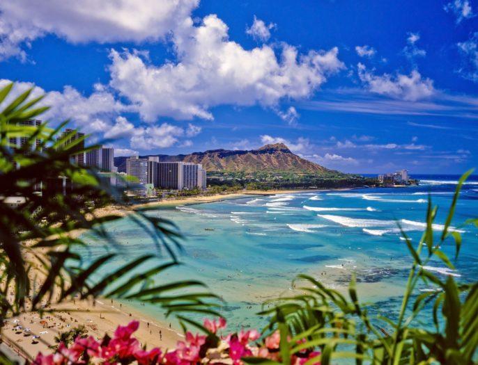 v3_header_hawaii_honolulu_waikiki_beach_shutterstock_41123917