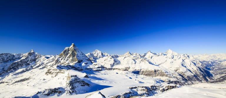 V3_header_Winter_Wallis_Matterhorn_Schweiz_shutterstock_479889241